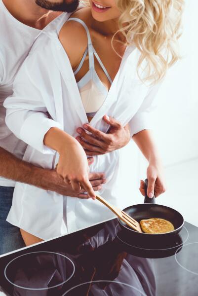 Как выбрать надежную блинную сковороду?