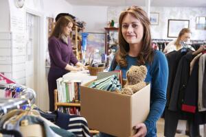 Байки старьевщицы: как продать старые вещи? Потери