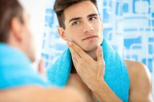 Инновационный подход к роскошному бритью: GILLETTE®  запускает первую в мире бритву с подогревом