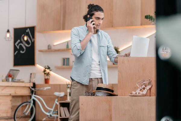 Байки старьевщицы: как продать старые вещи? Возврат