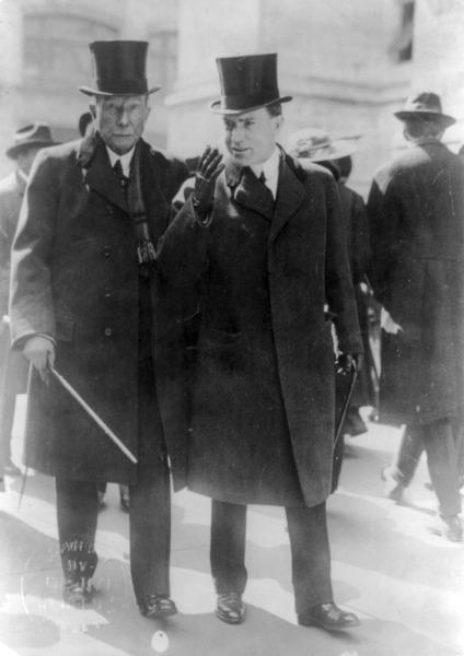 Джон Д. Рокфеллер с сыном, 1915 г.