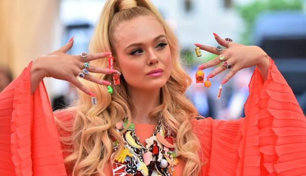 Модный маникюр 2020: техники, цвета, тенденции nail art
