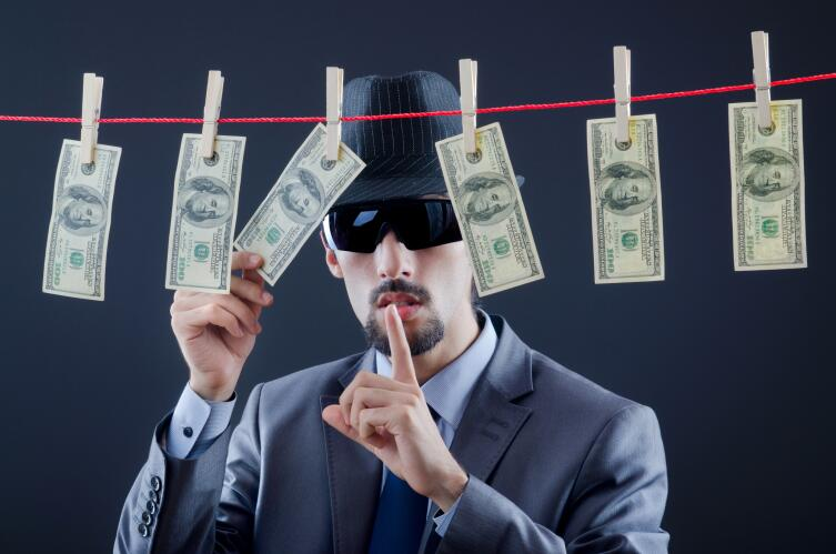Как не попасть на крючок финансовой пирамиды?