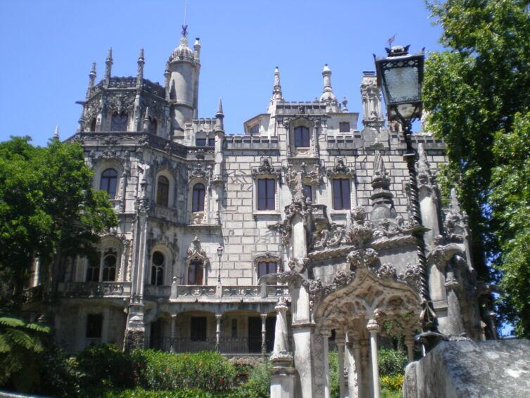 Дворец «Кинта-да-Регалейра» в Синте, Португалия