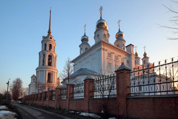 Воскресенский собор в городе Шуя