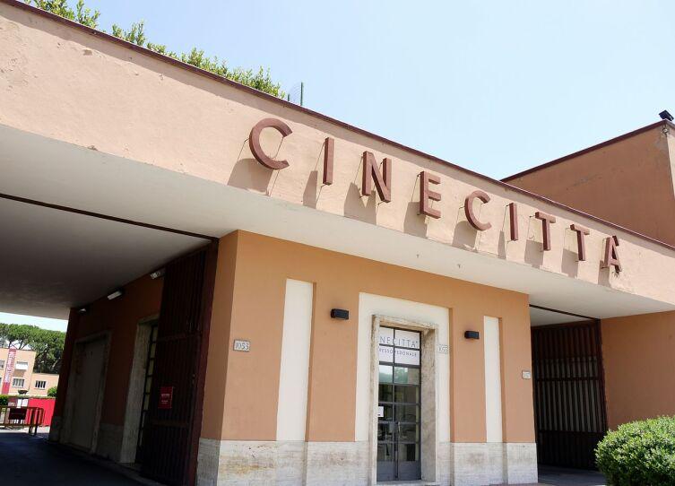 Вход в Cinecittà Studios