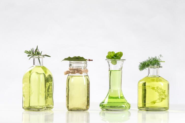 Как применять эфирные масла? Важные нюансы на страже здоровья