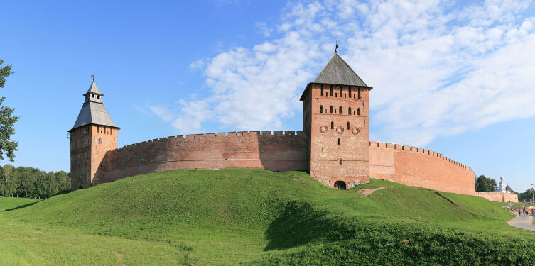 Новгородский детинец (также Новгородский кремль)