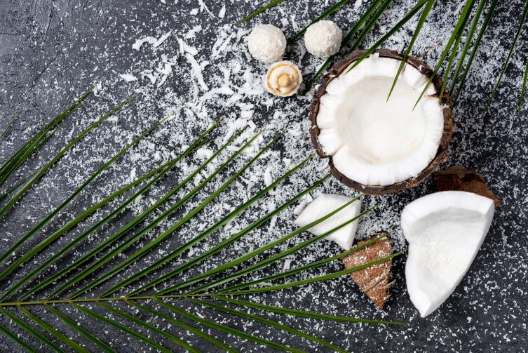 Как худеть с пользой? Поедая кокосы!
