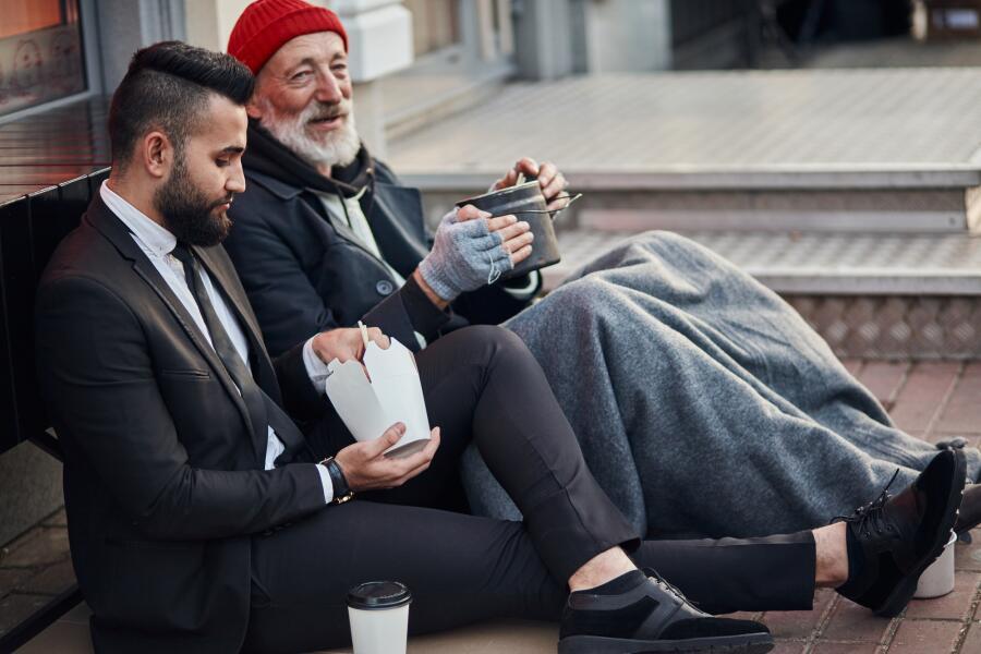 Как отличить богатых людей от бедняков?