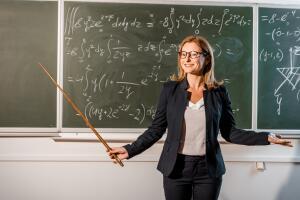 Отказ от отчества учителей — новое ощущение свободы или педагогический инфантилизм?