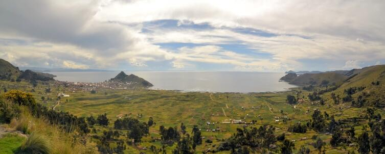 Вид на озеро Титикака