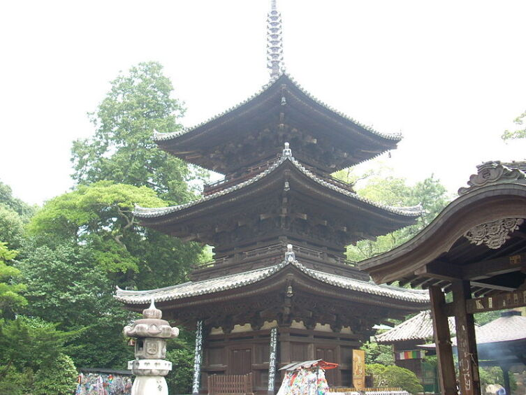 Храм Иситэ-дзи в городе Мацуяма