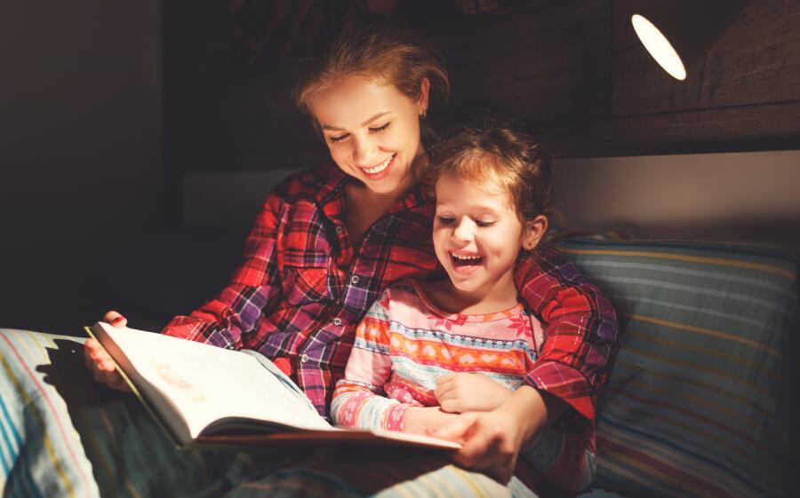 Когда начинать учить ребенка читать?