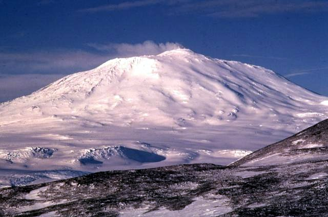 Вулкан Эребус, Антарктида, 1972 г.