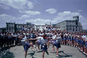 Послевоенный Сталинград: как жила детвора 50-х годов?