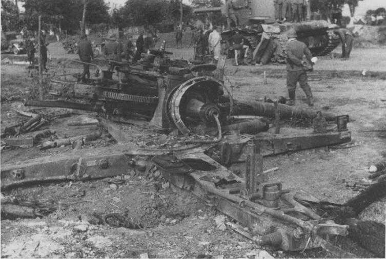 Уничтоженная у Дубно немецкая 88-мм зенитная пушка Flak 18