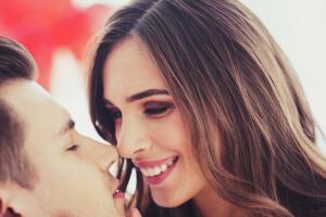 Как влияют поцелуи на наш организм?