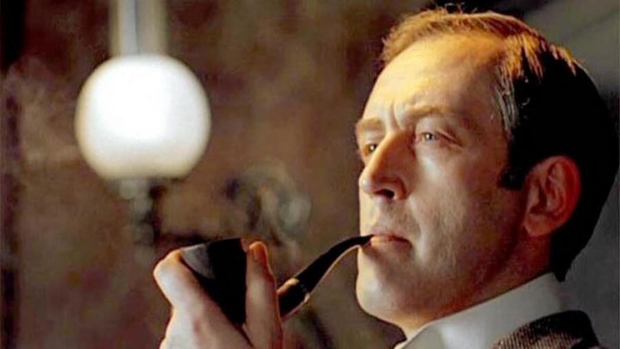 Можно ли сочинить гениальную мелодию за несколько секунд? История саундтрека к к-ф «Шерлок Холмс и доктор Ватсон»