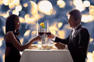 В чем особенности романтического ужина? Сервировка, меню, антураж