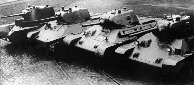 Предвоенные прототипы Т-34