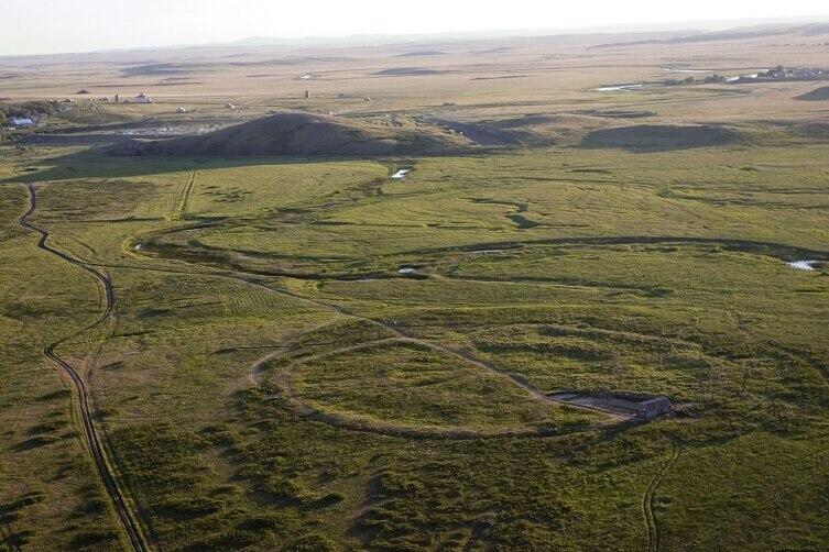 Аркаим — укреплённое поселение эпохи средней бронзы. Южный Урал. Аэрофотосъёмка 2013 г.