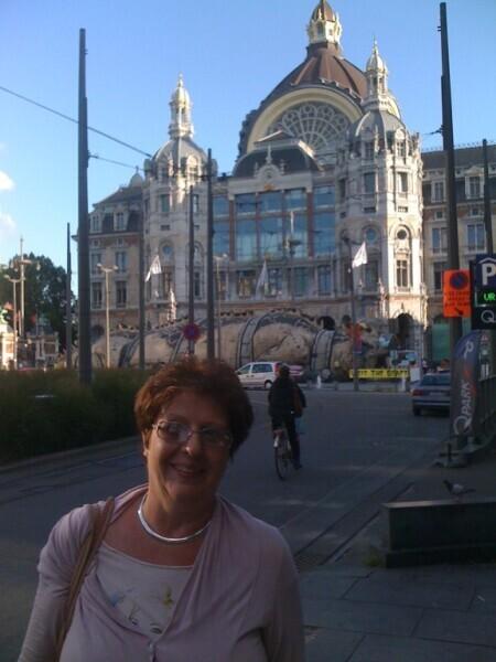 Вокзал Антверпена снаружи