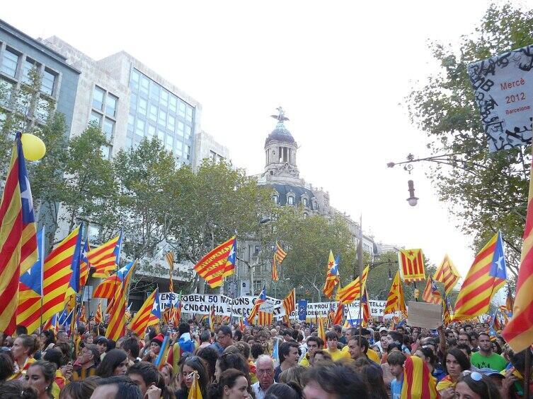 Демонстрация 1,5 млн человек за независимость Каталонии (11 сентября 2012 г.)