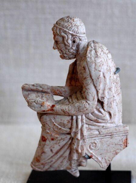Статуэтка, изображающая поэта, возможно, Софокла