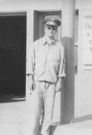Северный Афганистан, провинция Кундуз. Борис Кириллов у входа в аэропорт г. Кундуз. 1982 г.