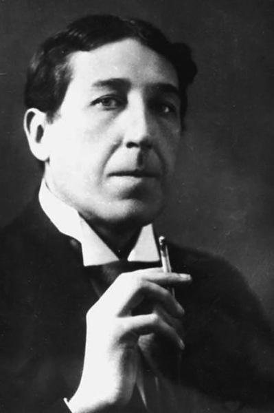 Игорь Северянин в 1919 г.