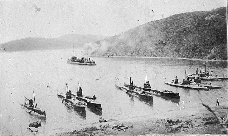 Подводные лодки Сибирской флотилии во Владивостоке, 1908 г.