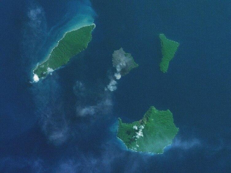 Спутниковый снимок кальдеры Кракатау