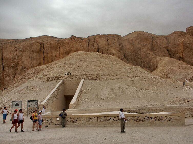 Гробница Тутанхамона в 2004 г.