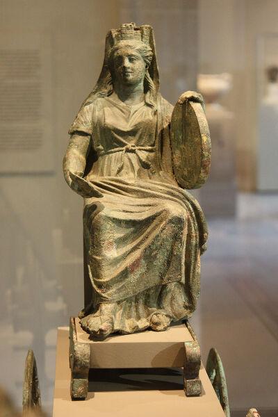 Бронзовая статуэтка Кибелы, II в. н. э.