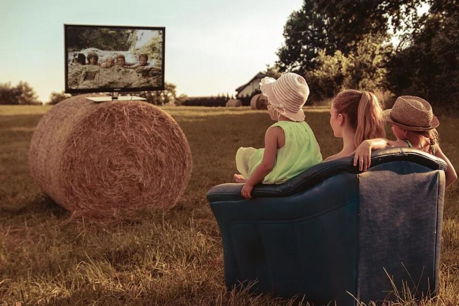 Как передать изображение с компьютера на телевизор?