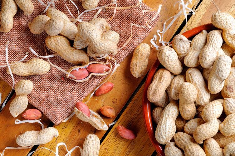 Какими орехами стоит обогатить рацион в холодную пору года?