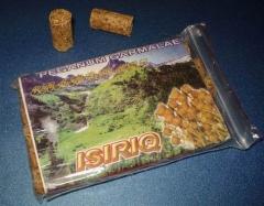 В таких пакетах спрессованная трава продается в аптеках