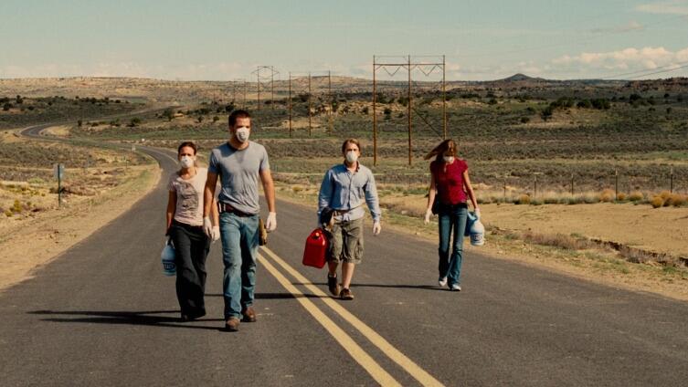 Кадр из фильма «Носители», 2008 г.