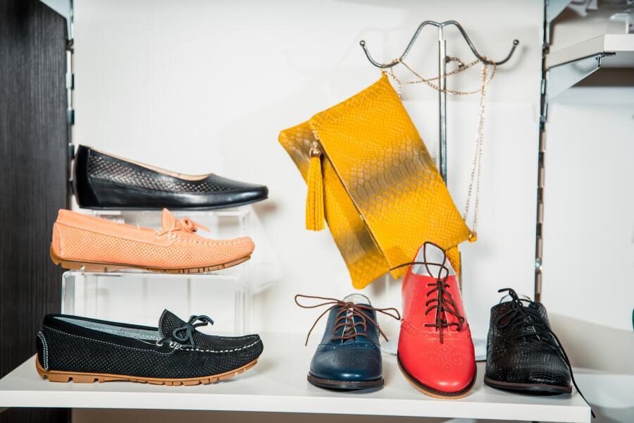 Как подобрать женскую обувь для школы?