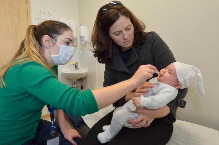 Как защититься от гриппа и ОРВИ в поликлинике?