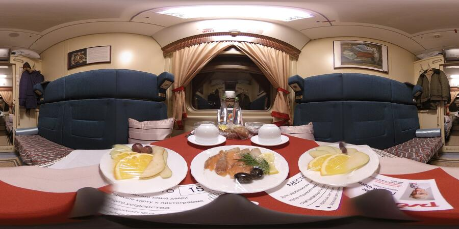 Интерьер (панорама) купе спального вагона фирменного поезда «Жигули» (Москва-Самара)