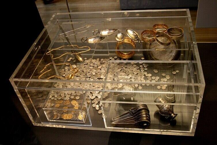 Экспозиция Хоксненского клада в Британском музее