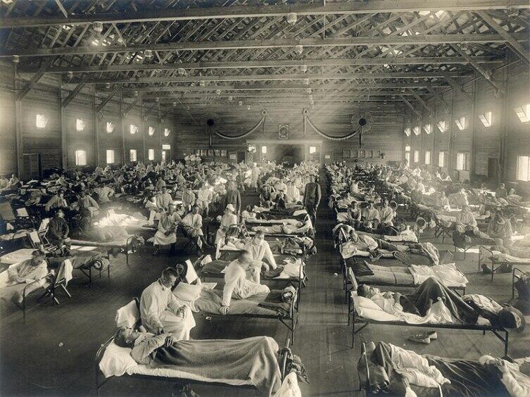 Эпидемия испанки, госпиталь в Канзасе, США