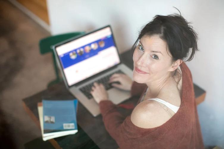 Как заработать денег, не выходя из дома? Источники удаленного дохода