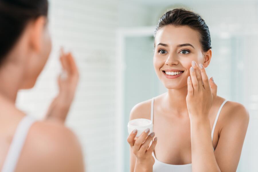 Как выбрать крем с ретинолом? 4 секрета от экспертов красоты