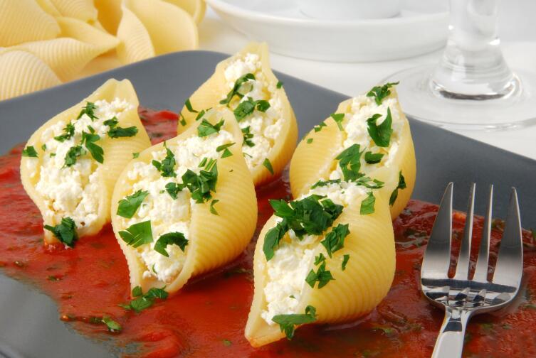 Как приготовить фаршированные макароны? Италия по-русски