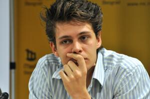 Милош Бикович. Как сербский актер обрел популярность в России?