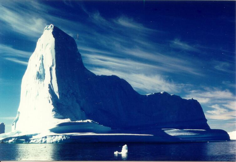 Айсберг. Как видно морякам