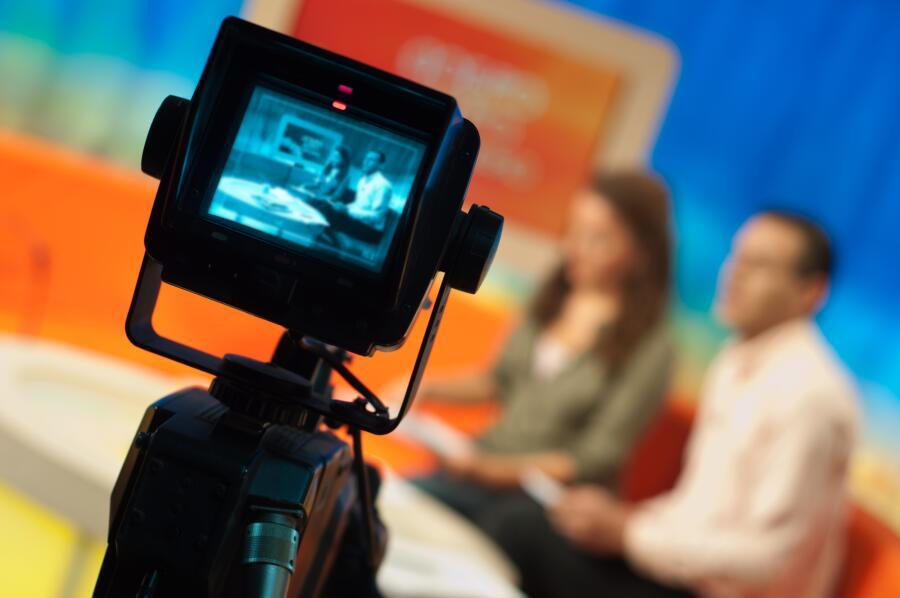 Какие телеведущие наиболее популярны на российском телевидении?